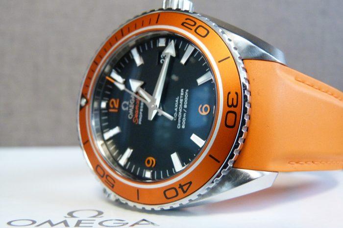Verdenskendte luksus ure fra Omega – Der kan holde til noget